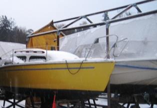 En otäckt båt, stackare och den andra fanns det ett tak?