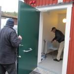 Handikapp toaletten kollas av Lennart.