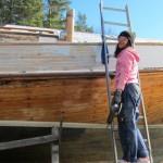 Lotta sliter med nya båten!