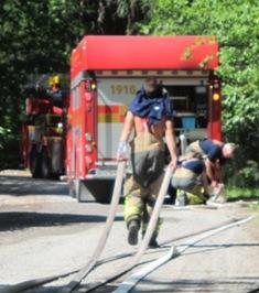 Brandkåren ryckte ut och släckte, det är eldningsförbud!